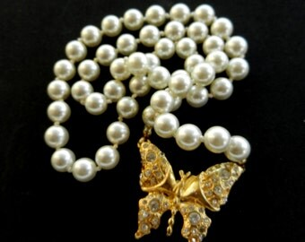 Pearl necklace, 1960 - white pearls and golden butterfly - white Pearls and Gold- small bright  rhinestones - Ideal for bride - art.459-