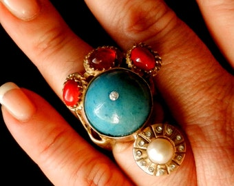 Large beautiful  Ring - unique artistic design - pearl turquoise and coral -Italian Vintage 1970 -Art.01/3--