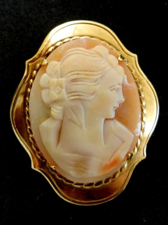 Victorian Cameo, 1950 English--2.5M GOLD PLTD. WBs.-- vintage high quality - genuine shell cameo brooch-art.26-