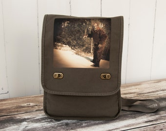 Sasquatch - Field Bag - Messenger Bag - School Bag - Canvas Bag - Khaki Green