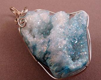 Gemstone Pendant Titanium Crystal Geode Druzy Agate Pendant Blue Geode Pendant Gemstone Bead Blue Pendant Gold Pendant