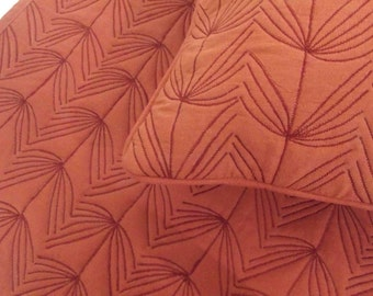"Cotton orange/terracota  twin size quilted bedspread with 2 pillows in size 108""x90"" and 20""X26"""