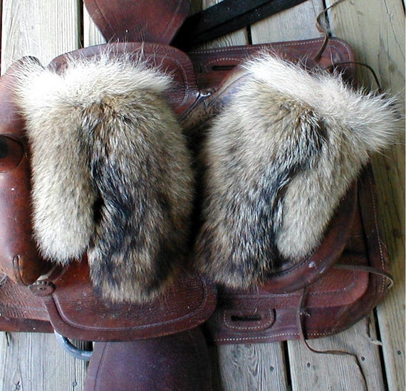 how to make coyote fur mittens