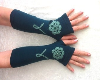 WINTER  GLOVES  Fingerless  gloves  dark turquoise  with embroidery