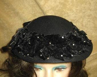 Vintage 40s Black Hat With Velvet Leaves Rhinestones and Bow