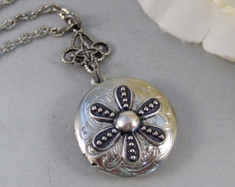Frosted Daisy,Locket,Silver Locket,Flower,Lotus,Karma,Antique Locket,Daisy,Necklace,Jewelry. Handmade jewelry by valleygirldesigns.