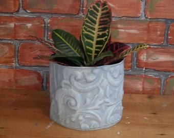 Good 'n GRAY plant holder in old ceiling tin tile