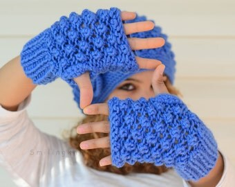 Knit Gloves, Fingerless Gloves,Royal Blue Gloves, Mittens, Popcorn Knit, Azur, Denim