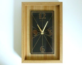 """Vintage 1970's Verichron Enamelware & Faux Wood Butcher Block 16.5"""" Battery Operated Wall Clock WORKS"""