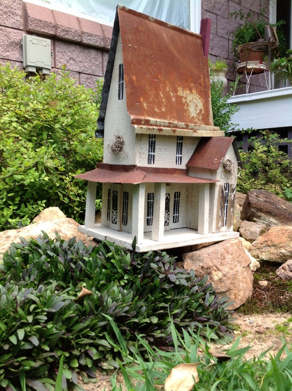 Victorian two story birdhouse perfect for every home for Double storey victorian homes