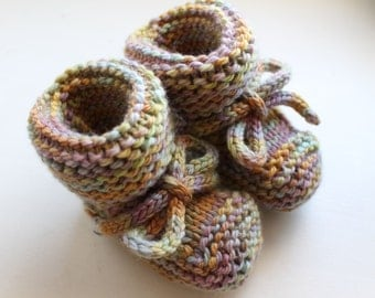 Made to Order Hand Knit Merino Wool Booties with Optional Ties, Newborn-18 Months