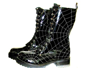 Vintage Muro Boots Womens Patent Leather Spiderweb Stitch Combat Boots Wms US size 5