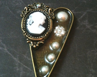 Victorian Cameo and Pearl Antiqued Brass Necklace