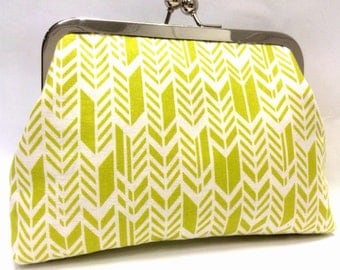 lime time - 6 inch metal frame clutch purse
