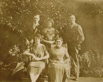 1920's Photograph - Family in the Garden