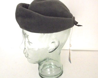 New Old Stock Vintage Gray Fur Ladies Chevalier Dress Hat