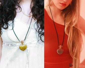 Snow's Necklace (OUAT) / Glitter Heart Vial Necklace