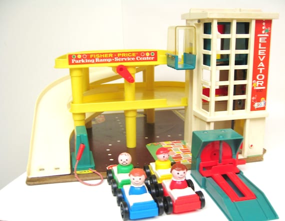 reserved vintage fisher price garage playset. Black Bedroom Furniture Sets. Home Design Ideas