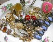 Lot of Vintage Costume Jewelry for Upcycling, Repurposing - Lot 2