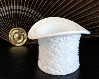 Vintage Fenton Daisy and Button Milk Glass Victorian Top Hat