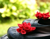 Red Felt Flower Shoe Clips