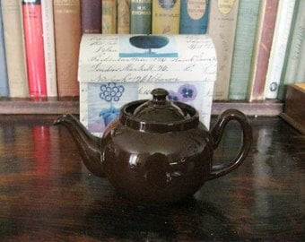 Vintage brown teapot highly collectible
