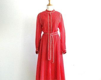 1970s Dress - red polka dot dress - full skirt - shirt waist - fit and flare - work fashion - long sleeve - M L