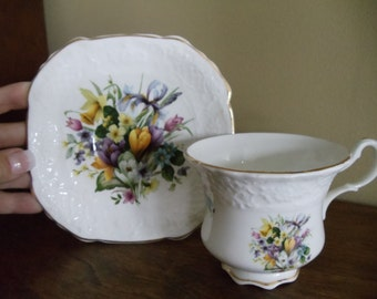 Vintage Crown Dorset Cup and Saucer// 326