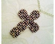Laudomia Cross Pendant pdf tutorial with rulla beads