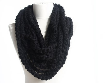 Bulky scarf infinity chain scarf crochet circle scarf neckwarmer in black