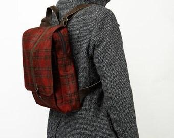 Red checkered velvet, padded  Laptop Backpack   - Roxanna Laptop Bag