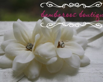 ivory newborn headband, flower headband for Baby, newborn headband, ivory small flower headband, off-white flower headband, skinny headband