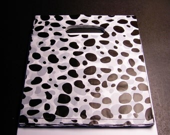"""QTY 100 - Plastic bags- Handle bags - retail bags - wholesale bags - 8""""x 10"""" - LDPD40"""