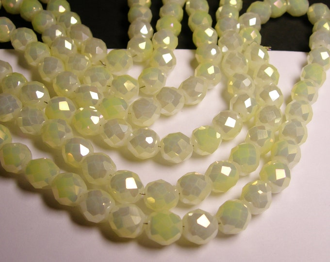 Crystal faceted rounded - 12 pcs - 10 mm - AA quality - milky lemon - AB - CFHBC13
