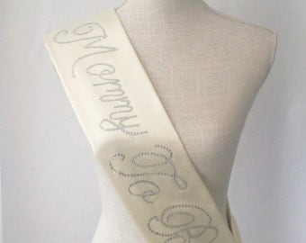 MOMMY TO BE Sash - Ivory Cream
