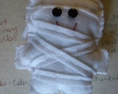 1 Felt Mummy Monster