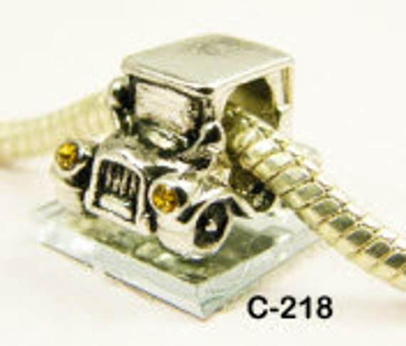 Auto/Classic Car - European big hole charm