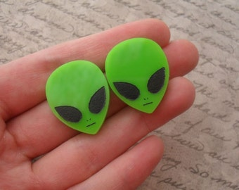 alien earrings / laser cut alien earrings