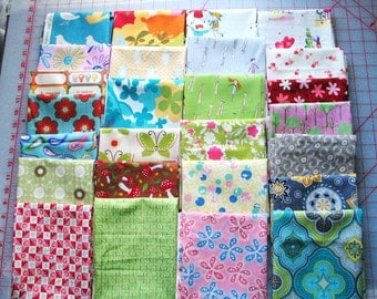 26 -FQ  Fabric Collection SAMPLER-FAT Quarter Bundle-Fresh -Modern-Heather Ross Pink Blue Green Floral Momo Moda and More