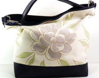 Chrysanthemum Hobo in Lavender/Plum Leather Trim