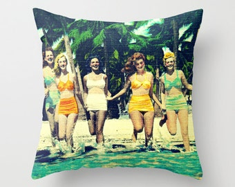 Mom Gift, Sister Gift,Throw Pillow Cover Wife Gift, Womens Gift, Beach Decor, Beach Pillow  Decorative Pillow vintage style vintage swimsuit