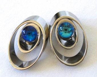 Vintage 60s Mid Century Modernist Silver & Glass Clip Earrings