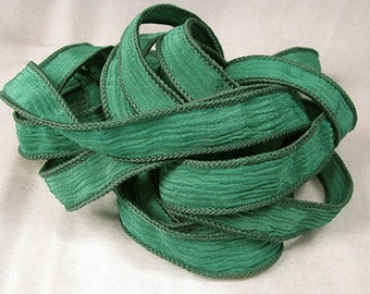 Hand Dyed Silk Ribbons - Crinkle Silk Jewelry Bracelet Fairy Ribbon - Quintessence - Emerald Crinkle
