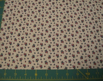 Almost a Fat Qtr - Calico with Pink Roses on Off White Cotton Fabric