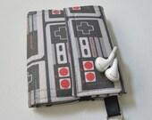 Nerd Herder gadget wallet in Control Freak for iPhone 5, iPhone 6, Android, Samsung Galaxy S5, digital camera, smartphone, guitar picks