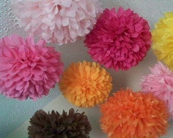 6 Tissue Paper Pom Poms / Choose Your Colors / Baby Shower / Nursery / Bedroom decor / Party Decorations puff balls