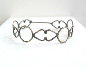 Sterling Silver Bracelet w/ Latch - Vintage, Filigree