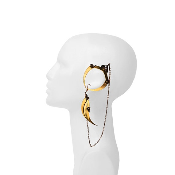 HERMES / Small Gold Winged Ear Cuff / Free Shipping