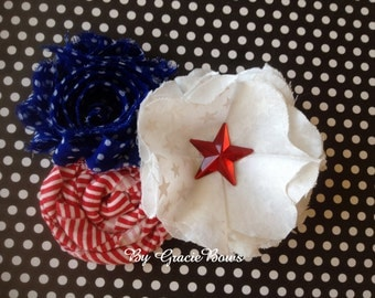 Nautical Cluster Flower Hair Clip
