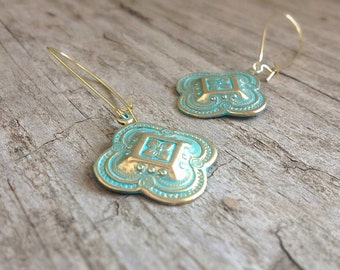 Moroccan Quatrefoil Earrings, Patina Earrings, Bridesmaid Earrings, Bohemian Earrings, Bohemian Jewelry, 26mm Charm